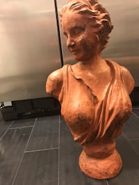 Pottery Barn bust decor Las Vegas, 89052