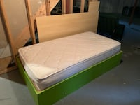 Single mattress with bed frame Barrie, L4N 8W7
