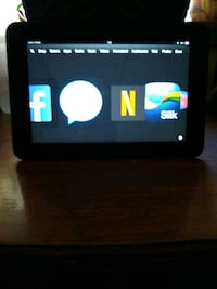 Kindle fire like new no scratches