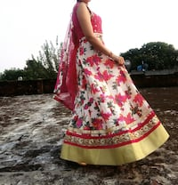 women's red and white floral traditional dress Ludhiana, 141002