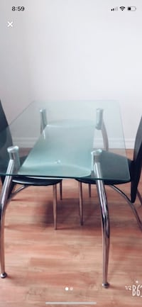 Dining table with two chairs  Longueuil, J4V 2H6