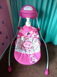 Minnie mouse baby swing Rochester, 14616
