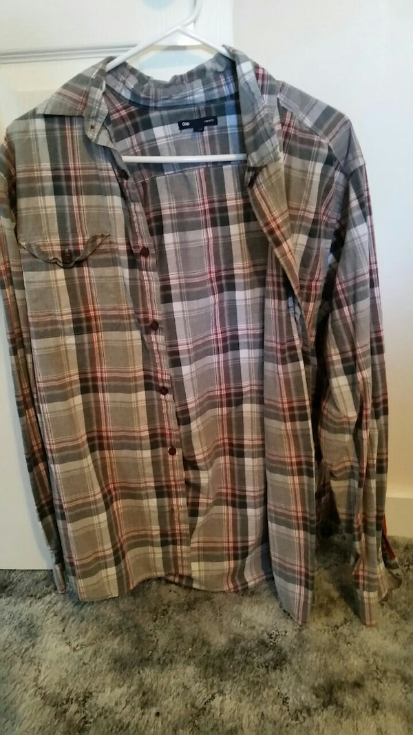 9460f298 gray and pink plaid button-up long sleeved polo shirt
