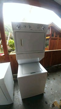 white front-load clothes washer Nanaimo, V0R