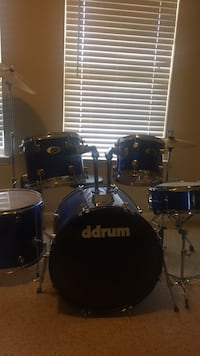 Blue ddrum drum kit with 3-piece cymbal set