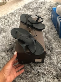 Black Gucci open toed sandals Hanover, 21076