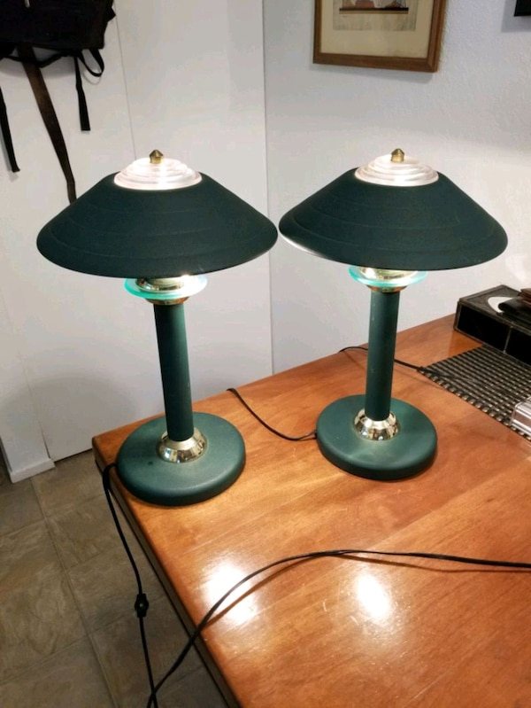2 brass metal lamps both for $12 623f9e9a-b884-47e8-b565-999072dc34c7