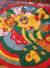 multicolored bee and pin activity mat Granby, J2H