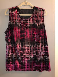 Priced to sell! Size 1X pretty velvet sleeveless top.  Edmonton, T6L 6P5