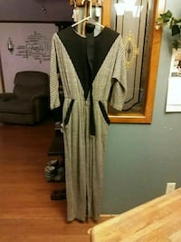 Jumper with belt size 11/12 act 1 Martinsburg, 25401