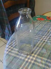 Vintage Glass Milk Bottle MHK-500 Seymour, 37865