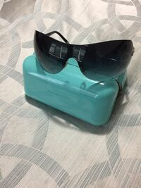 Sunglasses - authentic Tiffany Vaughan, L4H 0C3