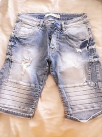 distressed blåvasket denim shorts