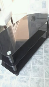 Glass TV stereo stand  Innisfil, L9S 2B3