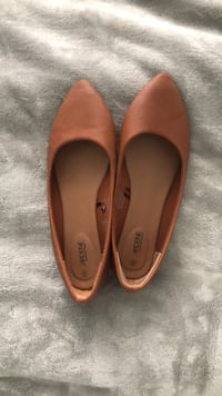Brown flats Vaughan, L6A 3M1