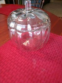 Large glass pumpkin Howell, 48855