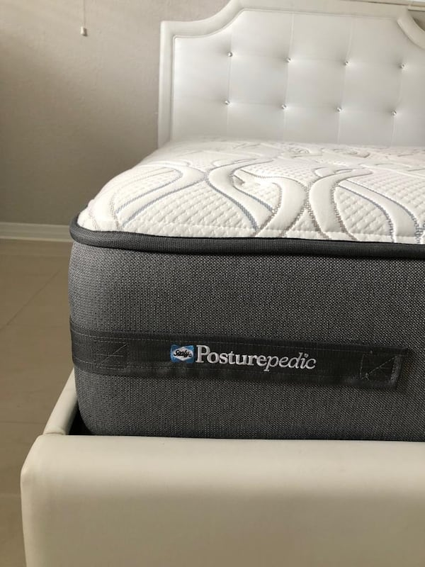 Full mattress - 1 month old 1
