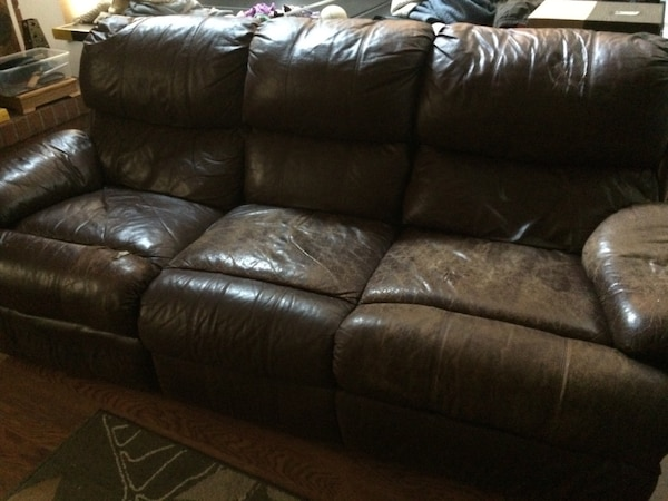 Used Lazy boy leather couch for sale in Fort Collins - letgo