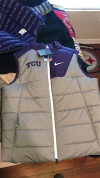 Gray and purple nike full-zip bubble vest