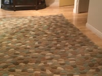 gray and white area rug Laval, H7M