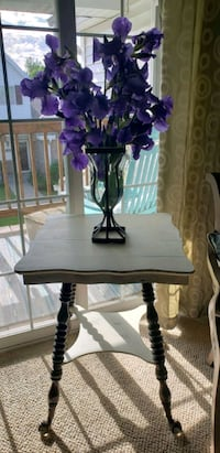 Rare Antique Parlor Table, Stunning! New Berlin, 53151