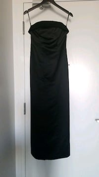 Strapless black satin dress Toronto, M5V 1K1