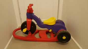 Three Wheel Beginners tricycle Great Condition