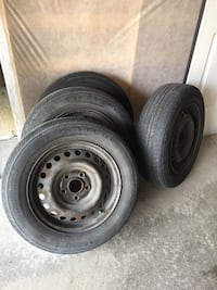 4 car Rims - tires are not in great shape 558 km