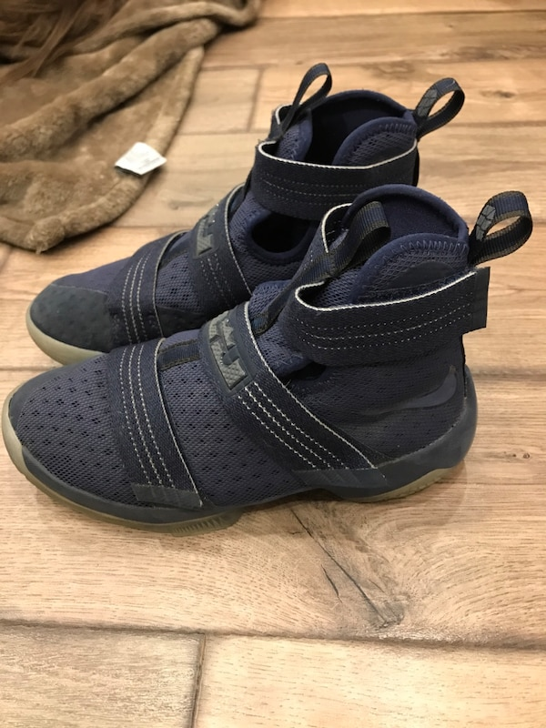 8789c004fbf Used Lebron soldier 10 for sale in Hamilton - letgo