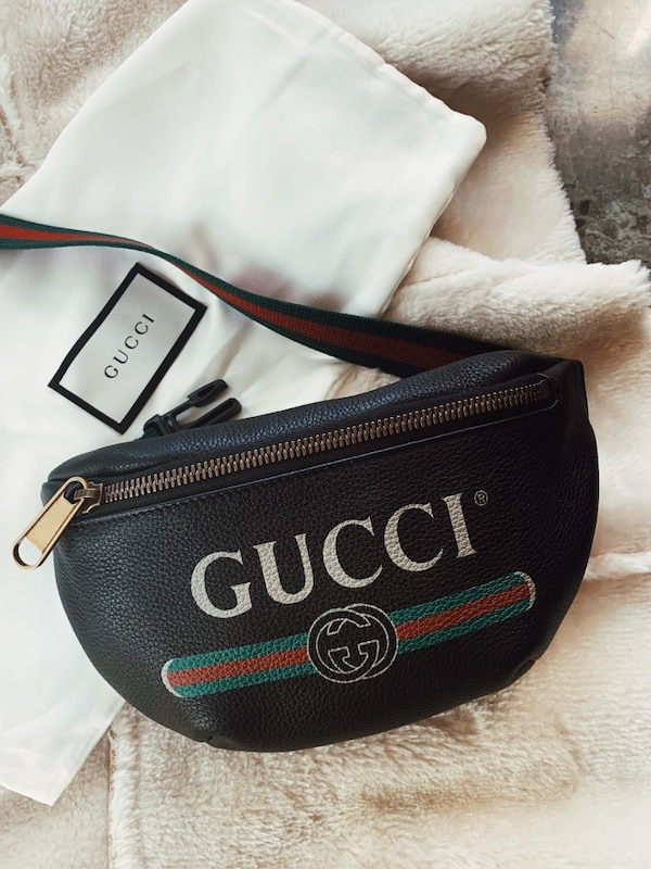 eea1cc045 Used Gucci Print Small Belt Bag for sale in Chicago - letgo