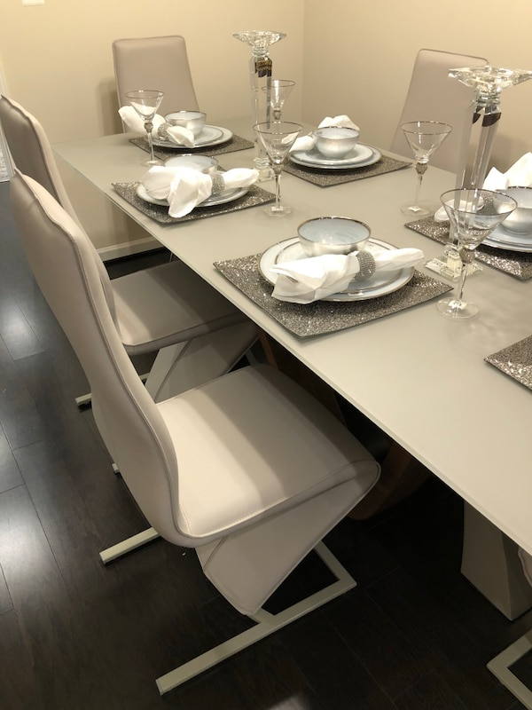 Michael Amini Dining Table 1