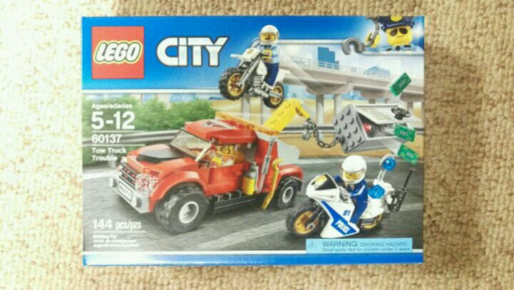 LEGO City Police Tow Truck Trouble 60137 Building Kit Playset for Kids 144 pcs