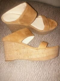 Marc Fisher suede sandal
