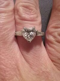 silver heart shaped diamond 925 solitaire ring Bristol, 37620
