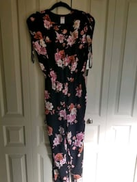 jumpsuit onepiece size small  brand new Adult Onsie Calgary, T2J 0L8