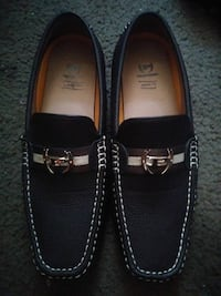 pair of black leather loafers Victorville, 92392