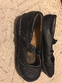 pair of black leather shoes Holly Lake Ranch, 75765