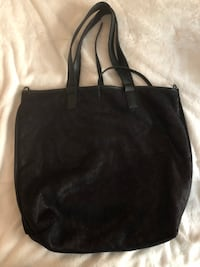 black leather tote bag with tassel Chicago, 60626