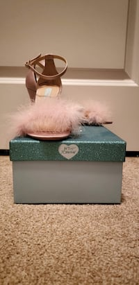 Betsey Johnson Blush Fur Heels Size 8