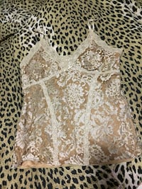 brown and white floral nighties Oakville, L6H 6T1