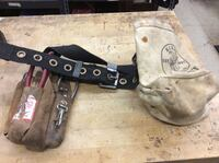Klein tools belt with extra tools pre owned  854627-1