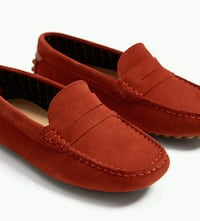 KIDS Red moccasin SIZE 3.5 Herndon, 20170