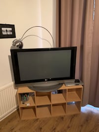Flat screen tv  null, NW5 4HS