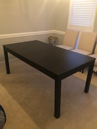Dining room table and chairs Severna Park, 21146