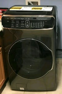 Samsung 7.5-cu ft Electric Steam Dryer