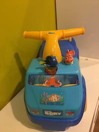 Excellent condition-Kiddieland disney dory light n' sound activity dory ride car truck Stafford, 22554