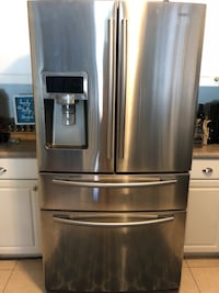 Stainless steel french door refrigerator NOT cooling West Palm Beach, 33415