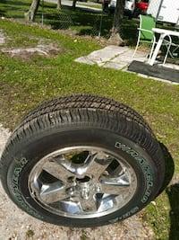 Good yearTire on rim 235/65r17 never used, 2003 Jeep Cherokee