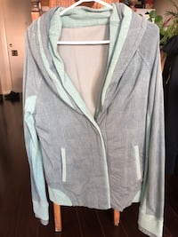 Lululemon button up sweater Vancouver, V6G 1S8
