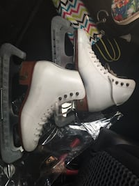 white and grey leather ice skating shoes. Girls size 6. Well taken care off skating shoes would like to find a new home . Germantown, 20876